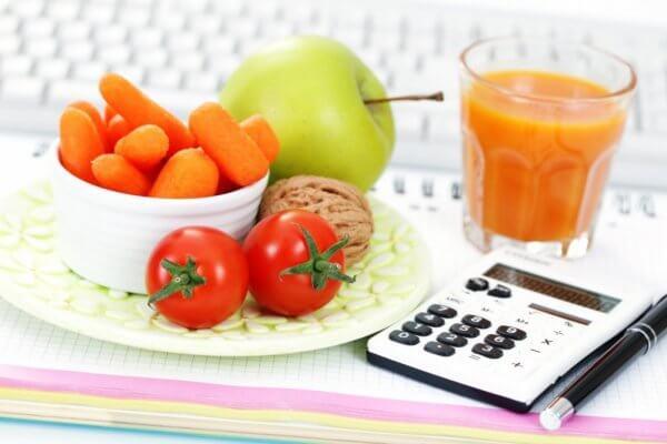 Продукты и калькулятор для расчета калорий