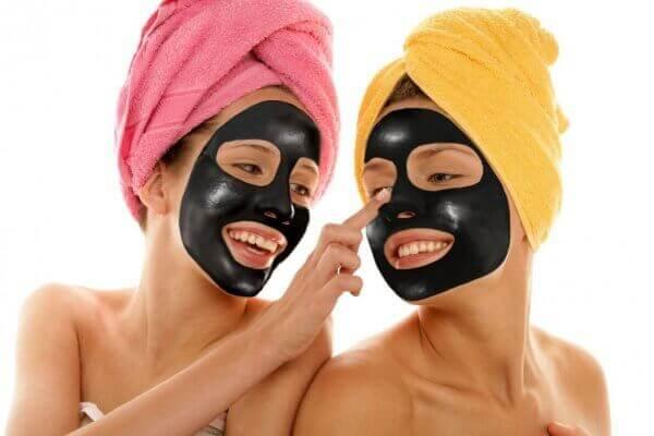 Черная маска от черных точек в домашних условиях