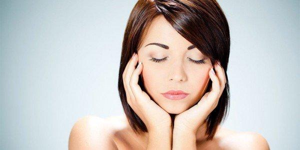 Безынъекционная биоревитализация кожи лица