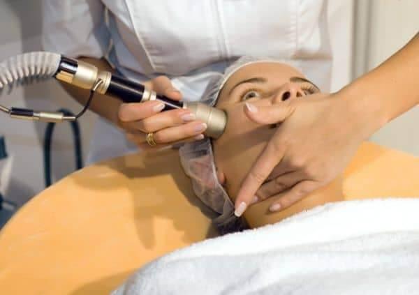 лазерная наноперфорация лица