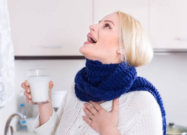 Полоскание горла с применением соды