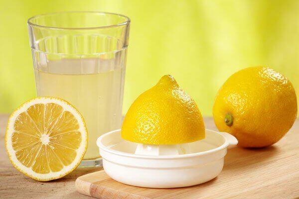 Лимон для избавления о прыщей