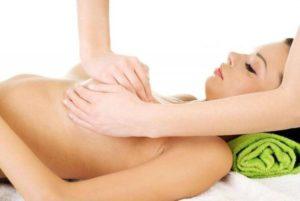 Методы избавления от растяжек на груди